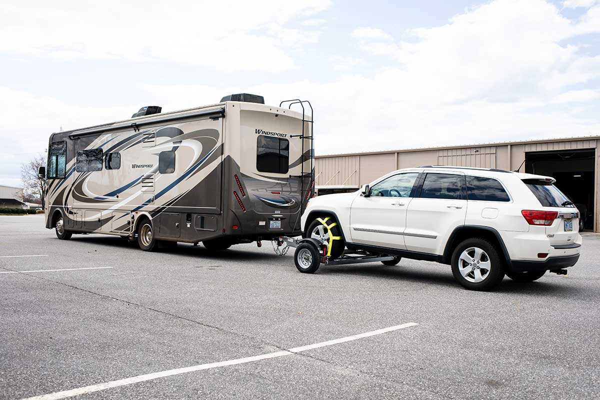 When to use an RV car tow dolly
